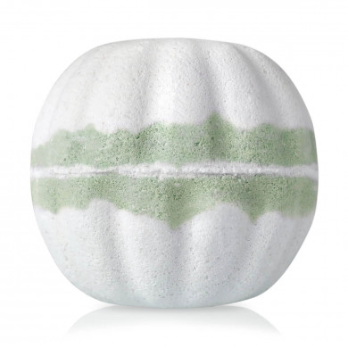 """I Believe in Happy Endings"" Milky Bath Bomb image"