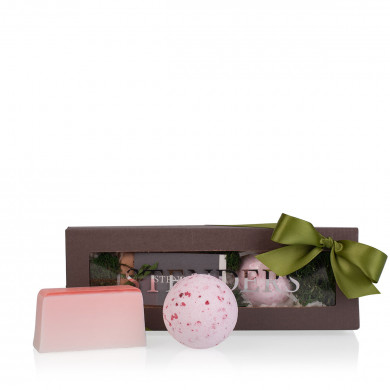 Cranberry inspiration Gift Set image