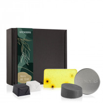"""Nature traveller essentials"" gift set"